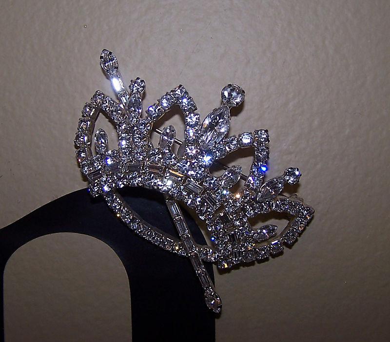 Office crown